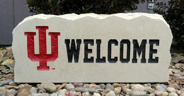 17in indiana university welcome porch sign