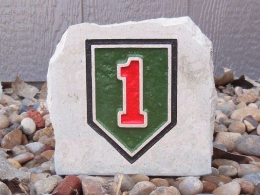 army 1st infantry div small desk stone